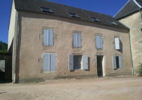 PLACE DU CHAMP DE FOIRE- Saint- Saulge- 58330, ,Appartement,patrimoine,PLACE DU CHAMP DE FOIRE,1922