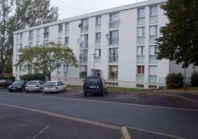 3 rue Albert Schweitzer, COSNE-SUR-LOIRE, 58200, 2 Chambres Chambres,Appartement,location,rue Albert Schweitzer,2,2109